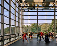 Williams College | '62 Center for Theatre | and Dance | William Rawn Associates