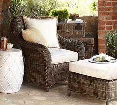 Why Teak Outdoor Garden Furniture? Outdoor Wicker Furniture, Patio Furniture Sets, Furniture Layout, Rustic Furniture, New Home Designs, Indoor Outdoor, New Homes, Outdoor Pillow, Outdoor Sofa