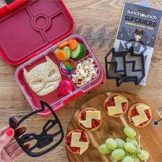 SALE ON NOW 🌟 Bring FUN into lunch boxes! Everything from Batman to Unicorns & Dinosaurs!...