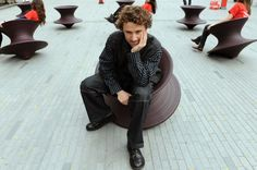 Thomas Hetherwick and his famous garden chair.