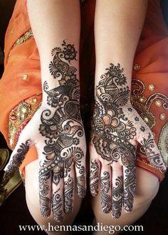 Mehndi Maharani Finalist: Henna SanDiego http://maharaniweddings.com/gallery/photo/26986
