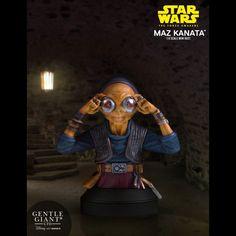 Sixth Scale Bust by Gentle Giant - Star Wars: The Force Awakens - Release Date: Film Star Wars, Star Wars Art, Star Trek, Warcraft 1, Science Fiction, Maz Kanata, Assassins Creed 1, Mole Man, Giant Star