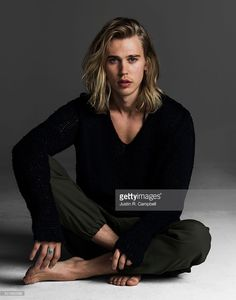 Actor Austin Butler is photographed for Just Jared on December 9, 2015 in Los Angeles, California.