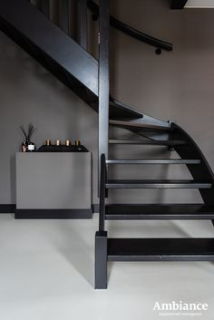 Warm Grey Walls, Home And Living, Home And Family, Stair Renovation, Open Trap, Painted Staircases, Happy New Home, Hallway Designs, Interior Stairs