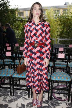 Charlotte Casiraghi en robe chemise Gucci rose