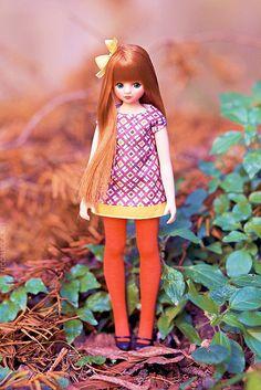 DORAN DORAN Aram B,   by Atomaru. Such cute ingenue legs!