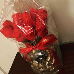 #dozenroses #valentines #red #cakepops #chocolate #vanilla #happyvalentinesday