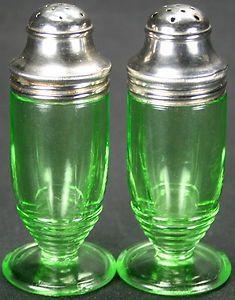 Vintage Art Deco Green Vaseline Uranium Depression Glass Salt & Pepper Shaker Set 1930's Hazel Atlas