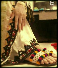 Awesome beauty of Balochi cultural dress