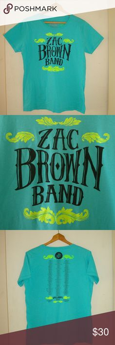Women's 2014 Graphic Tee ***FAST SHIPPING***  Preowned, Women's Extra-Large(XL) Vintage Zac Brown Band 2014 Tour Graphic Tee  Color:  Turquoise  Sleeve Length: 11 inches  Chest Size: 19 inches  Full Length: 25 1/2 inches Zac Brown Band 2014 Tour Tops Tees - Short Sleeve