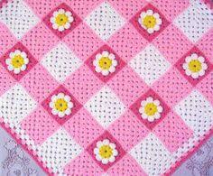 Manta de crochet combinando cuadritos al estoli vicky y florecitas.