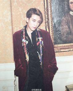 SEUNGRI - the blue eyes/light brown hair is a really striking combo for SR; he looks kinda J-rock, but I really dig this Daesung, Bigbang Vi, Choi Seung Hyun, Big Bang, Gwangju, Yg Entertainment, Gd & Top, G Dragon Top, Wattpad