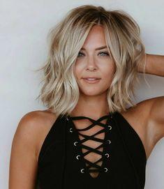 Medium Hair Cuts, Medium Hair Styles, Curly Hair Styles, Thin Hair Haircuts, Mid Length Haircuts, Wavey Hair, Blonde Hair Looks, Up Girl, Great Hair