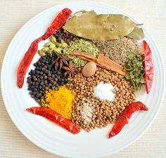 Garam masala powder ingredients by chitrasendhil, via Flickr