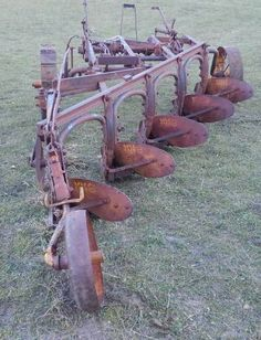 Tractor Plow, Crop Protection, Minneapolis Moline, New Farm, Old Farm Equipment, Old Tractors, Down On The Farm, History Photos, Old Antiques
