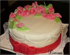 Limara péksége: Születésnapi torta Fondant, Cake Cookies, Pretty Flowers, Cake Decorating, Bakery, Lime, Favorite Recipes, Cooking, Flower Cakes