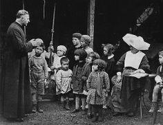 on écoute religieusement ... by minus1349, via Flickr