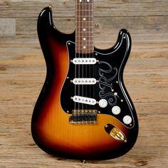Fender SRV Stratocaster Sunburst 2003 (s729)