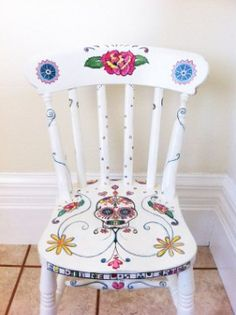Day of the Dead Style Hand Painted Chair by MissJHW on Etsy, I love the colors and design, except for the skull. Just not into Day of the Dead themed anything. Hand Painted Chairs, Funky Painted Furniture, Repurposed Furniture, Cool Furniture, Painted Tables, Decoupage Furniture, Wooden Furniture, Furniture Design, Furniture Projects