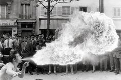 © Izis (Israëlis) Bidermanas, 1959, Boulevard de Rochechouart, Paris
