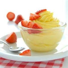 Homemade Pastry Cream Recipe - Use this as the custard base in German Buttercream Frosting/Icing Cake Recipes, Dessert Recipes, Dessert Sauces, Pudding Recipes, Custard Sauce, Custard Powder, Homemade Pastries, Spring Cake, Cake Fillings