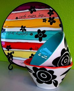 Awesome pottery painting! I will be doing this at color me mine tana.