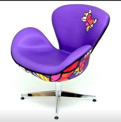 Britto chair