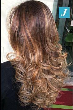 Non accontentarti di un semplice colore, scegli il #degradejoelle   #capellisani #madeinitaly #hairfashion #ootd #degradejoelle #centrodegradejoelle #capellicastani #milano #haircut #hairstyle