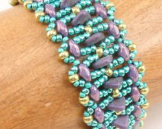 Beading Tutorial for Let It Go Bracelet by njdesigns1 on Etsy