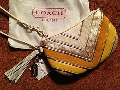 NWT Coach Chevron Wristlet FS6554 Coach Me, Chevron, My Style