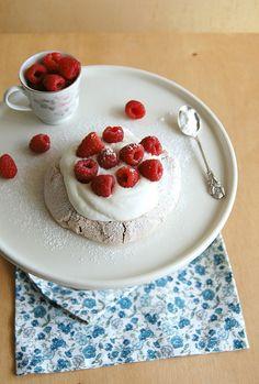Technicolor Kitchen: Pavlovas de chocolate e duas surpresas no mesmo seriado + uma novidade
