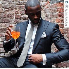 """ #Repost @ig_fashionblog with @davidson_frere  #highfashionblackmen #highfashionmen #hisfashionguide #fashionguide #fashion #gq #menswear…"""