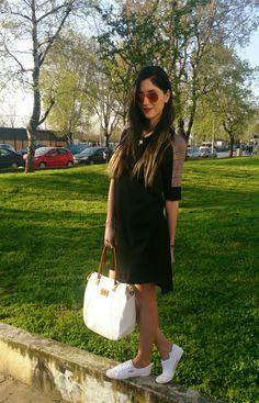 Sunny Sunday!   www.spoiledwithstyle.blogspot.gr  Www.e-xclusive.com