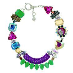 Reminiscence Paris Tour de cou orné de cristaux. Collection Magic 895 $ @Michelle Flynn Cebada Paris Short Necklace Embellished With Crystals