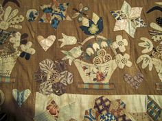 I think I may have found my most favorite quilt of all time. Haven't actually seen it in person yet, Barb took these pictures but…be still my heart. Have a most wonderful Friday…i…