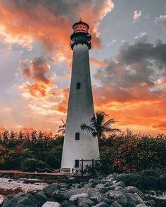 Cape Florida Lighthouse, Lighthouse Art, Lighthouse Keeper, Miami Beach, South Beach, Visit Florida, Florida Travel, Miami Florida, Lighthouse Pictures
