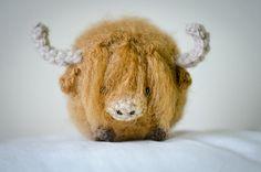 What a great gift for those who love Scotland! | Cute Highland Cow Amigurumi Kawaii Cow Amigurumi by artbySusieH