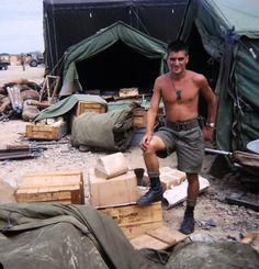 Australian Soldier in Vietnam. 1967.  v@e.