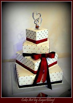 GARNET and Black Wedding Cake minus the huge bow
