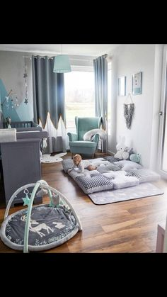 Bild könnte enthalten: table and indoor – Babyzimmer - Devil Image could contain: table and indoor - baby room - Baby Bedroom, Baby Boy Rooms, Baby Boy Nurseries, Nursery Room, Kids Bedroom, Men Bedroom, Small Nurseries, Room Baby, Baby Nursery Themes