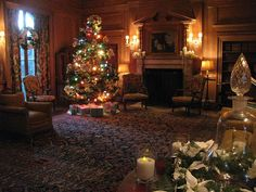 A guided tour of the decorate Vanderbilt mansion is a great way to get into the holiday spirit and visit a museum! Something to do during your Ramada Rockville Centre Stay! www.RamadaRVC.com #holidays #museum #activity #fun #festive #cool #LongIsland #NewYork #RamadaRVC #hotel #inn #comfy  http://events.longisland.com/decorated-mansion-tours-vanderbilt-mansion-2017.html