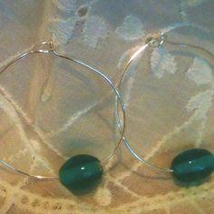 Loop wire and bead earrings