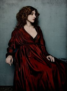 love the color of that dress! pre-raphaelite photograph billy undhells