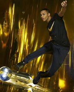 Olivier Rousteing va collaborer avec Nike - Actualité : Mode (#695461)