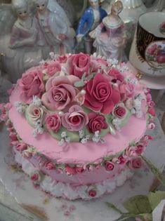 (Rose of Sharon)  ROSE DECORATED FAKE CAKE
