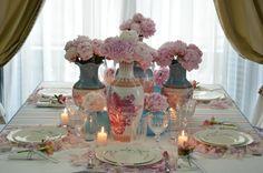Hermosa mesa... inspira una hermosa velada!. Nunca olviden unas hermosas flores.