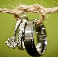 Clever picture of wedding rings