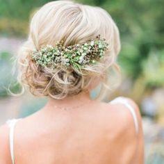 Stylowe fryzury na ślub / foto: Instagram @weddingish