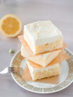 Sitruuna-Valkosuklaa Blondie (GL) Most Delicious Recipe, Delicious Cake Recipes, Yummy Cakes, Yummy Food, Easy Baking Recipes, Baking Ideas, Cake Fillings, Sweet Pastries, Gluten Free Baking