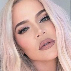 Khloe Kardashian Style, Koko Kardashian, Kardashian Family, Nude Makeup, Nude Lip, Prom Makeup, Skin Makeup, Basic Makeup, Makeup Tips